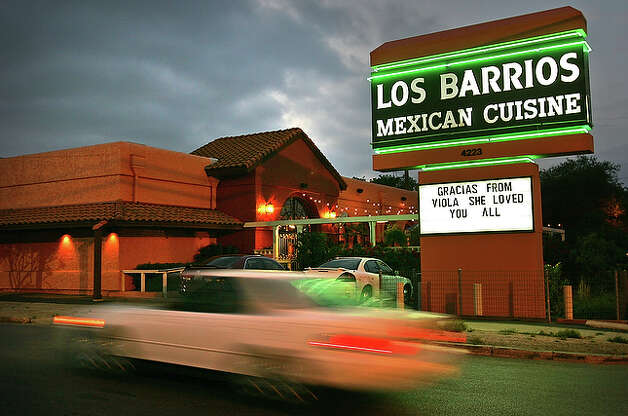 Los Barrios, 4223 Blanco Road, 210-732-6017, offers fish and shrimp dishes such as blackened fish tacos, blackened tilapia, shrimp cocktail, Acapulco style ceviche and shrimp enchiladas. It also offers vegetarian and cheese entrées including tacos, enchiladas, fajitas, quesadillas and more. www.losbarrios1.com/default1.aspx / SAN ANTONIO EXPRESS-NEWS