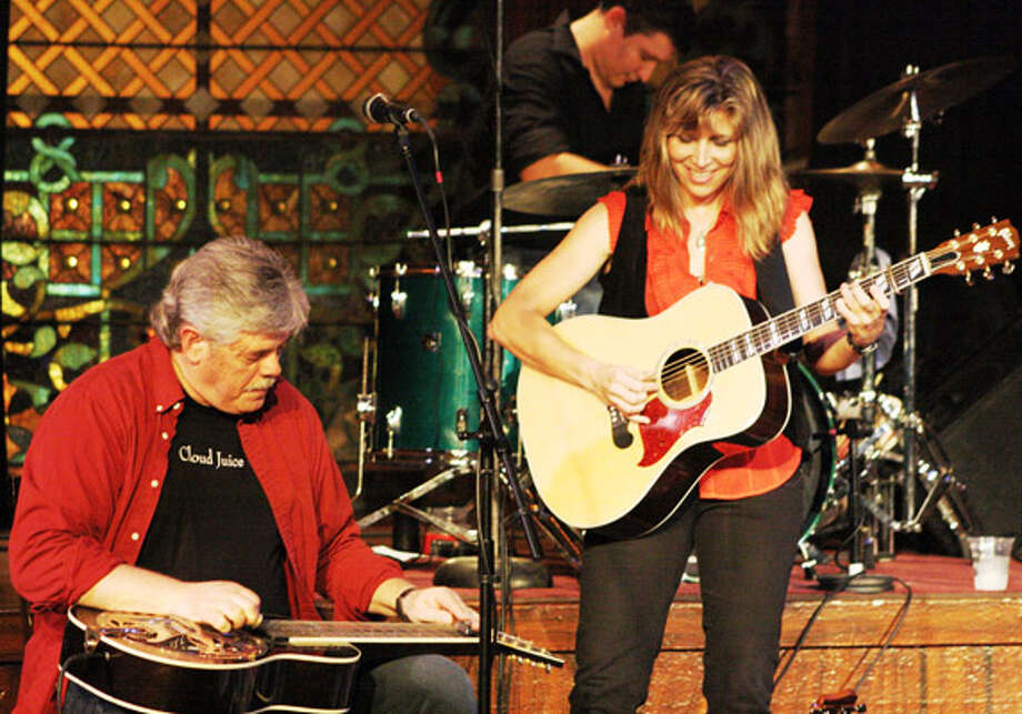 Terri Hendrix and Lloyd Maines will play Sunday.