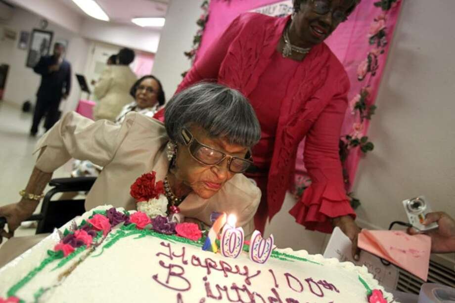 Greatgreatgrandma turns 100 on Mothers Day San Antonio ExpressNews