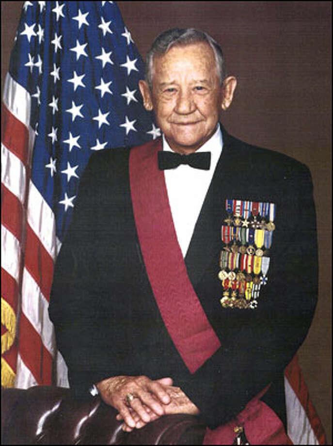 """Retired Lt. Gen. James F. Hollingsworth, a highly decorated Army officer once called """"the most courageous and battle-effective general our national has ever known."""" has died. The San Antonio resident served in World War II and the Korea and Vietnam War. He was the most decorated officer in Texas A&M University's history and a statue of him sits on the campus Quadrangle."""