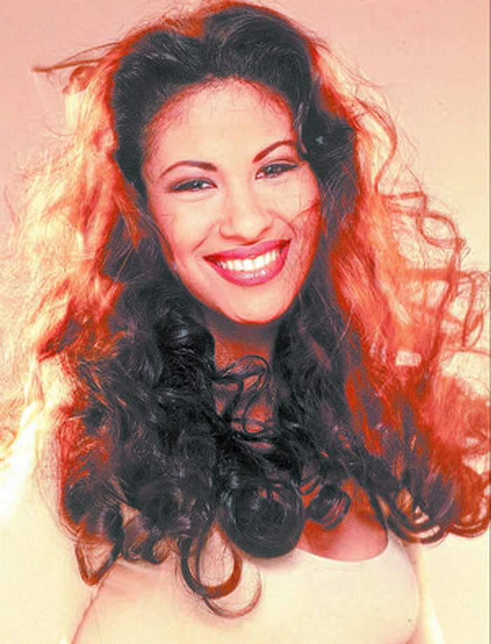 Selena Quintanilla-P?rez: April 16, 1971-March 31, 1995