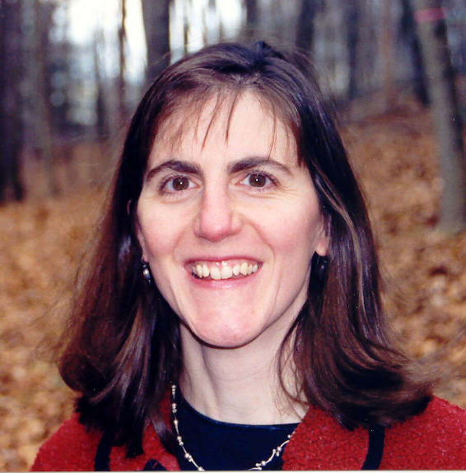 """Cathy Alfandre, a certified career management coach and master resume writer, will present """"There's More to a Successful Interview Than You Think"""" at 7 p.m. on Wed., Nov. 10 at the Fairfield Public Library. Photo: Contributed Photo / Fairfield Citizen contributed"""