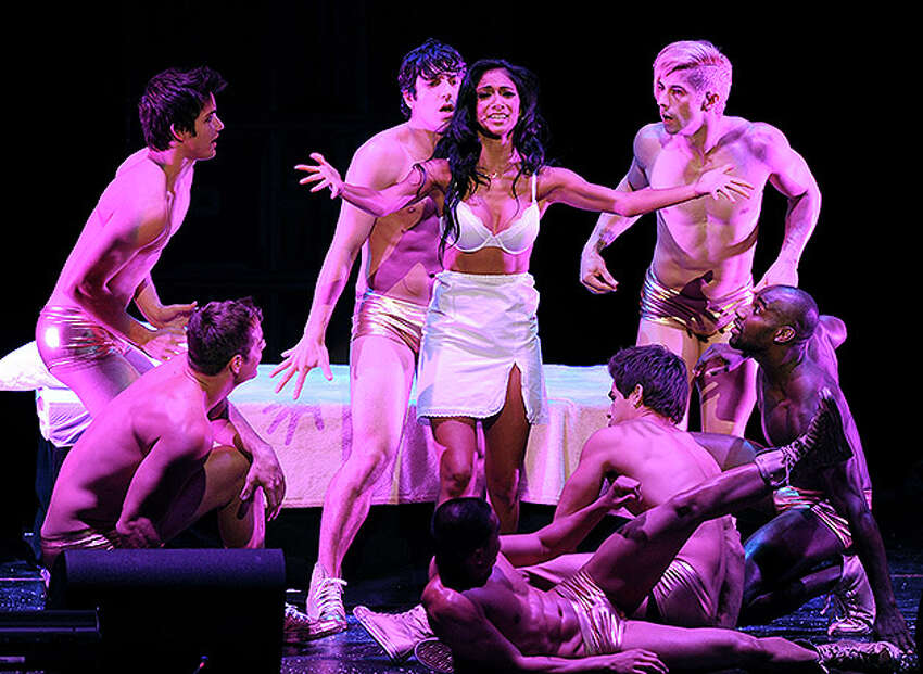 LOS ANGELES, CA - OCTOBER 28: (EXCLUSIVE COVERAGE) Singer Nicole Scherzinger (C) performs onstage during The Rocky Horror Picture Show 35th anniversary to benefit The Painted Turtle at The Wiltern on October 28, 2010 in Los Angeles, California. (Photo by Kevin Winter/Getty Images for The Painted Turtle) *** Local Caption *** Nicole Scherzinger