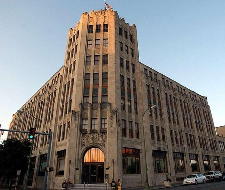 San Antonio Express-News building Photo: Express-News