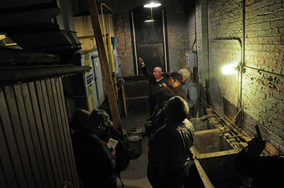 Members of the Albany Common Council and others get a tour of the Public Bath No. 2 in Albany, NY on November 8, 2010. The public bath is slated for closure under Mayor Jerry Jennings proposed 2011 budget. (Lori Van Buren / Times Union) Photo: Lori Van Buren