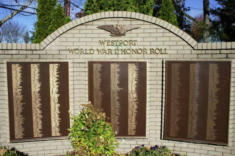 The World War II Honor Roll at Veterans Green honors Westporters who served in World War II. Photo: Paul Schott / Westport News