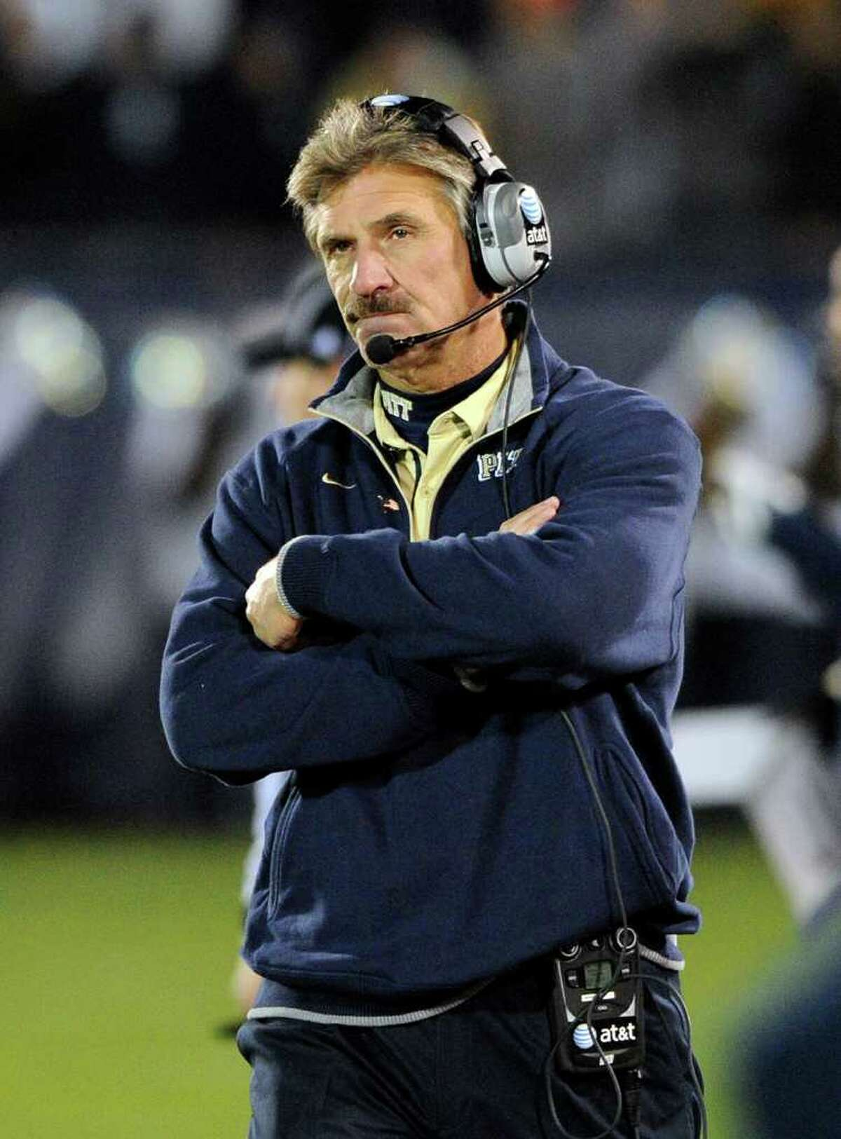 Pittsburgh coach Dave Wannstedt reacts late in the second quarter of his team's 30-28 loss to Connecticut in an NCAA college football game in East Hartford, Conn., on Thursday, Nov. 11, 2010. (AP Photo/Fred Beckham)