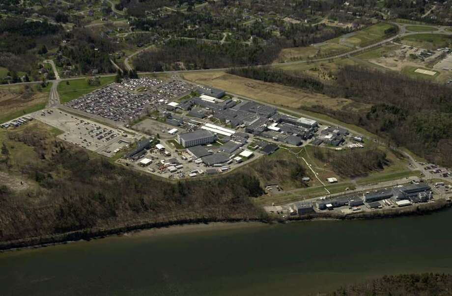A view of the Knolls Atomic Power Labs. Radioactive water from a cleanup site leaked into the Mohawk River, but communities drawing drinking water from the river were not alerted. (Paul Buckowski/Times Union archive) Photo: PAUL BUCKOWSKI / ALBANY TIMES UNION