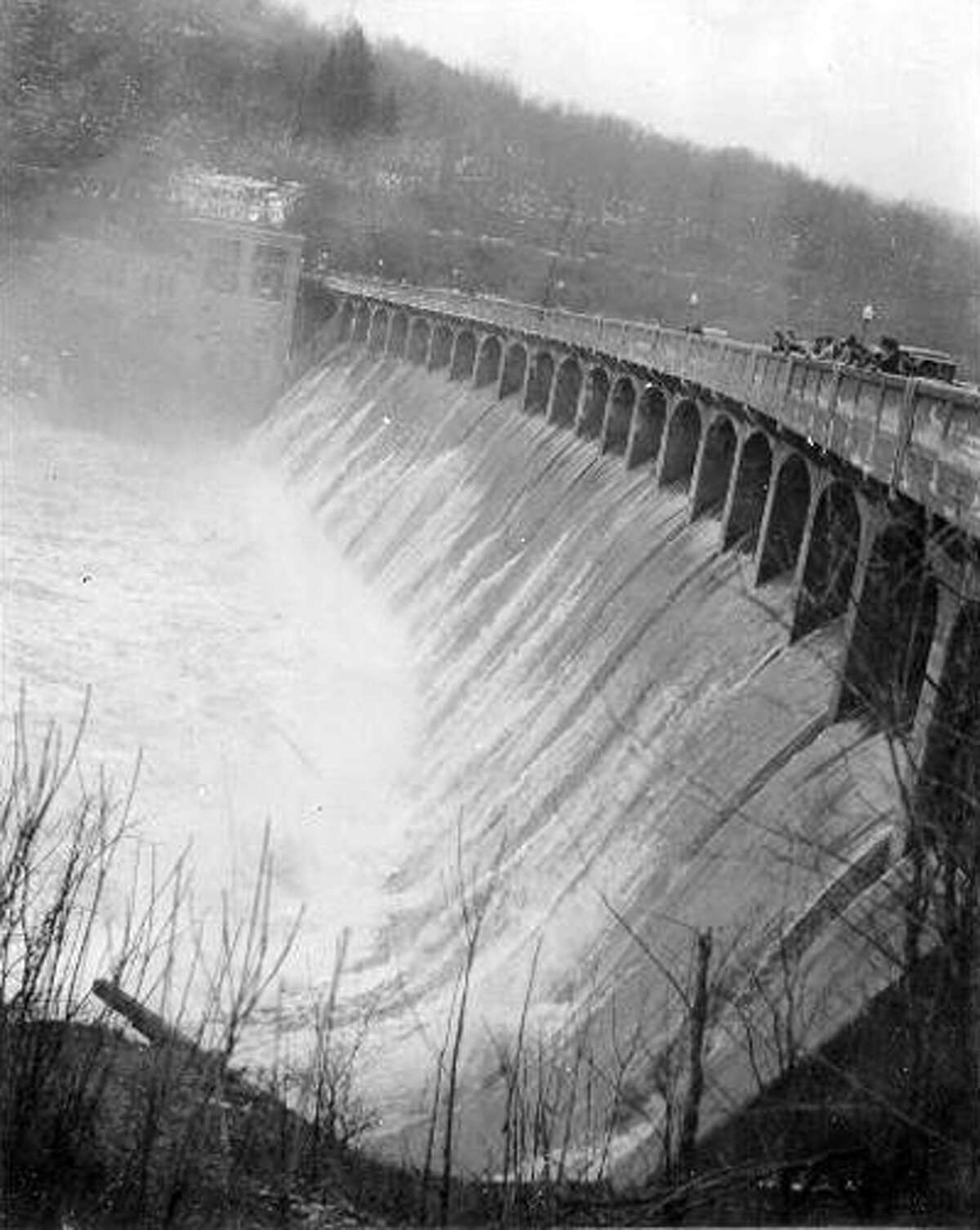 Photo courtesy of the Oxford Historical Society Historic photo of Stevenson Dam from spring 1936.