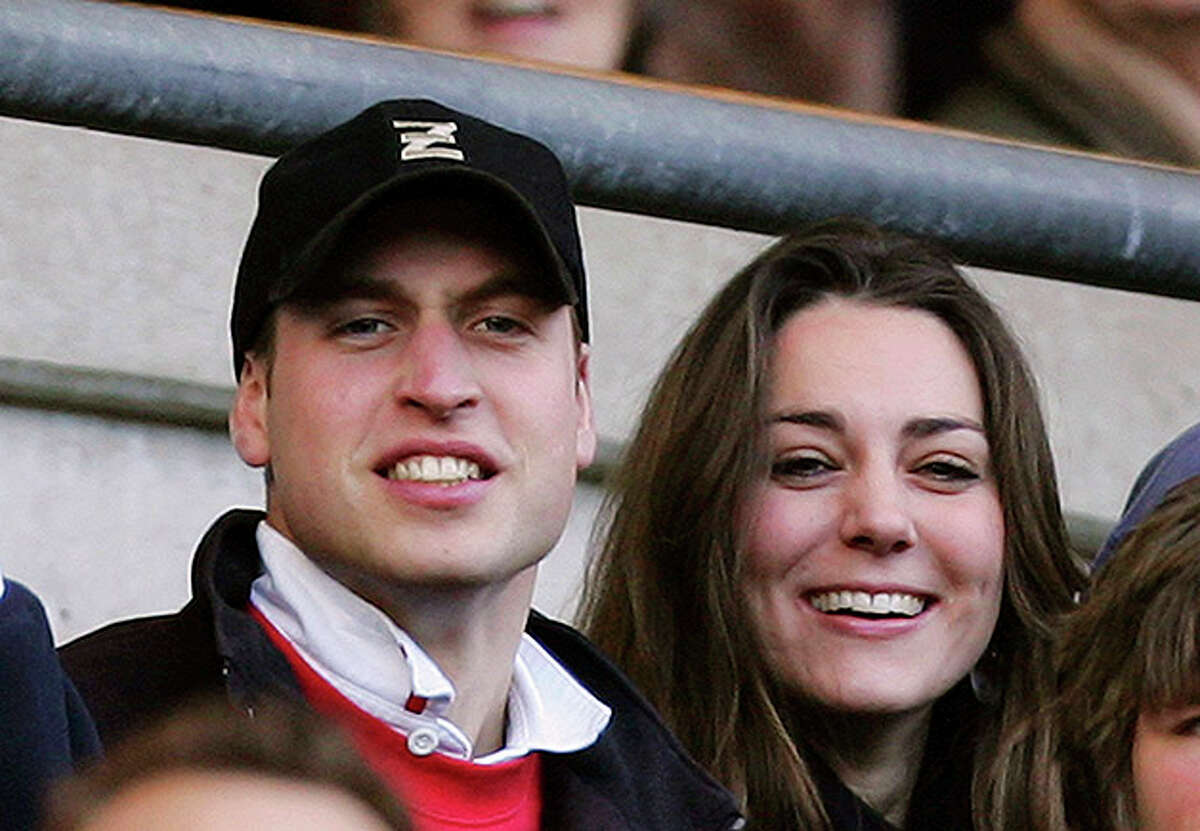LONDON - FEBRUARY 10: Prince William (L) and Kate Middleton (R) watch the action during the RBS Six Nations Championship match between England and Italy at Twickenham on February 10, 2007 in London, England. (Photo by Richard Heathcote/Getty Images) *** Local Caption *** Prince William;Kate Middleton
