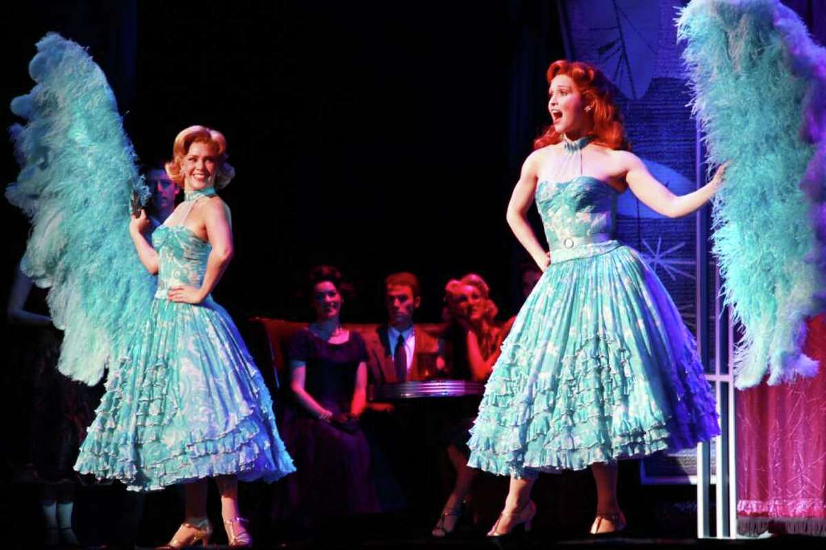 Shannon M. O?Bryan and Amy Bodnar as the Haynes Sisters with the cast of Irving Berlin?s White Christmas. (Tanner Photography)