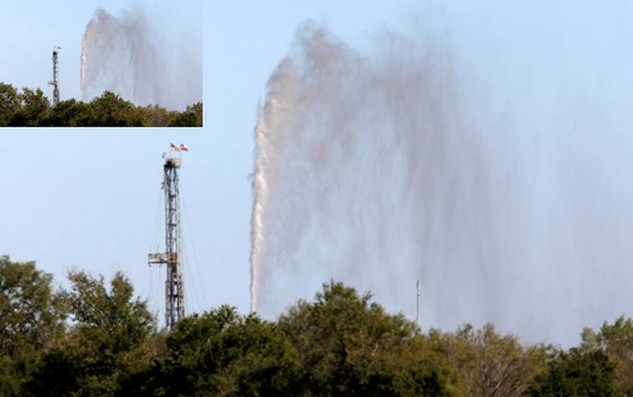 A broken well near Pearsall in Frio County continues to spew hydrogen sulfide and water.