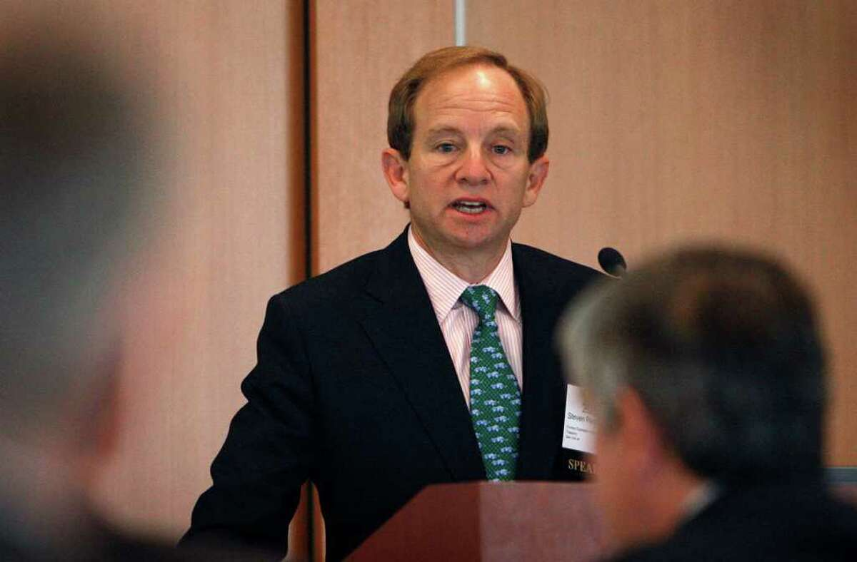 Former U.S. auto task force head Steven Rattner has agreed to pay $6.2 million to settle federal charges over his role in a
