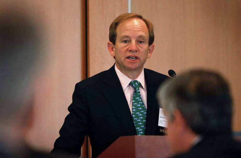 "Former U.S. auto task force head Steven Rattner has agreed to pay $6.2 million to settle federal charges over his role in a ""pay-to-play"" scandal Thursday, but says he won't be ""bullied"" into accepting a harsher penalty from Attorney General Andrew Cuomo, who wants a $26 million penalty and a lifetime ban from Wall Streetl.(AP Photo/Carlos Osorio, file) Photo: Carlos Osorio / AP"