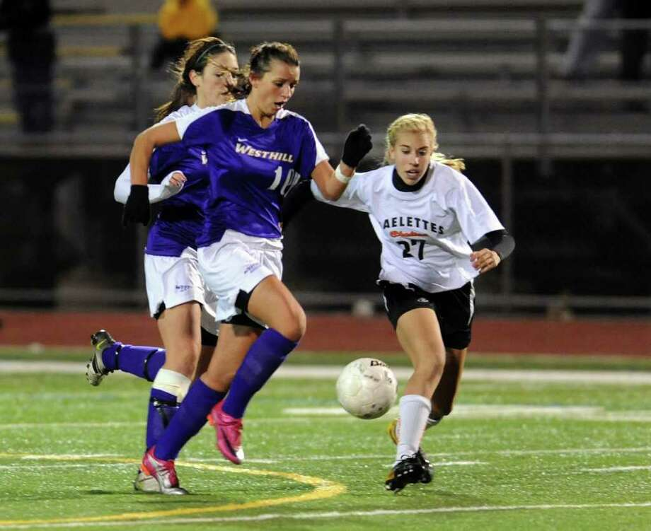 Highlights from Class LL girls final championship soccer match between Shelton and Westhill in Norwalk, Conn. on Friday November 19, 2010. Photo: Christian Abraham / Connecticut Post