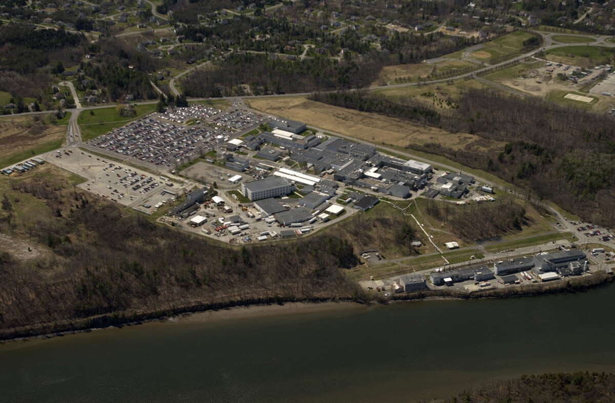 The U.S. Department of Energy has sliced $1.8 million from a bonus payment from radioactive cleanup work at the Knolls Atomic Power Labs in Niskayuna after radioactive material was released in the air and in the water. (Times Union Archive)