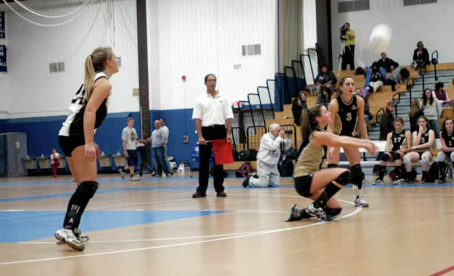 Joel Barlow girls volleyball lost to RHAM 3 to 1 in the Class M state title championship game played in Glastonbury, Nov. 20, 2010. Photo: Rich Gregory / The News-Times