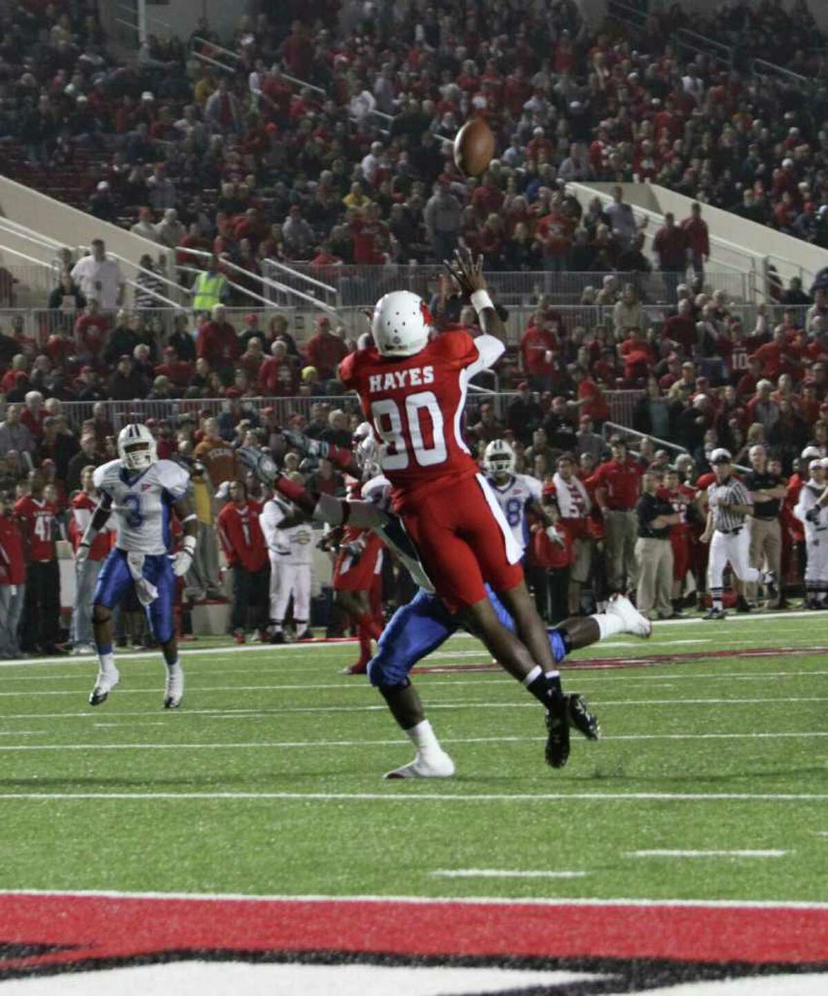 J.J. Hayes makes a catch inside the 5 yard line to set up Asante's rushing touchdown.