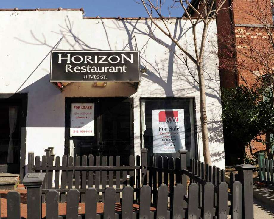 The space that housed Horizon Restaurant on Ives Street in Danbury is for lease. Photo taken Wednesday, Nov. 24, 2010. Photo: Carol Kaliff / The News-Times