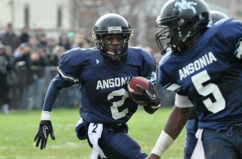 Ansonia's Arkeel Newsome (2) carries the ball for touchdown during the Thanksgiving day football game against Naugatuck at Jarvis Field at the Nolan Athletic Complex in Ansonia on Thursday, Nov. 25, 2010. Photo: Amy Mortensen / Connecticut Post Freelance