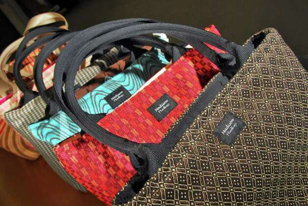 Madison Handbags Located In Troy Lets Customers Design Their Own At Home Parties