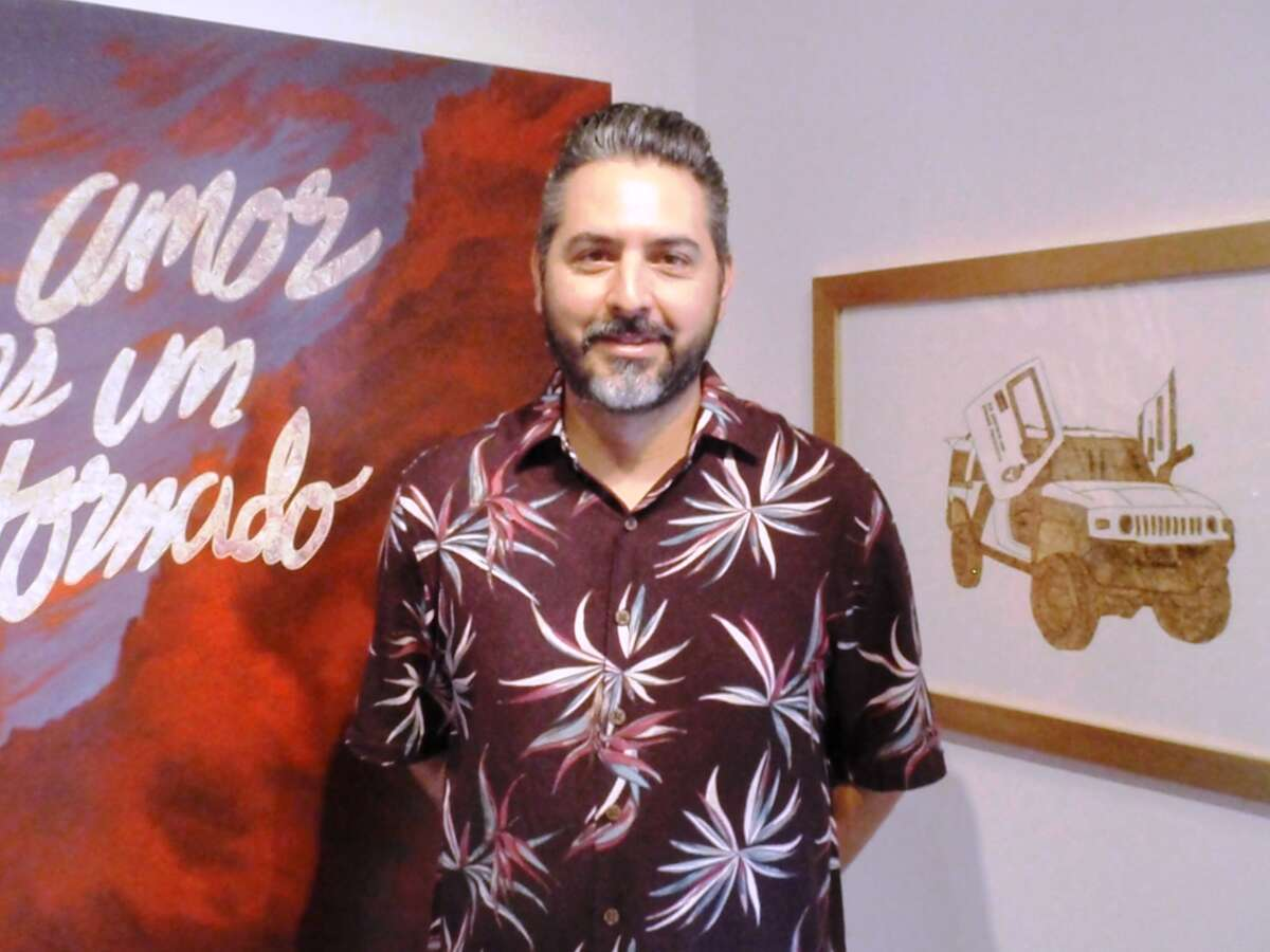 """Ricky Armendariz's exhibition, """"Yah Me Voy a Therapy,"""" is on view at REM Gallery."""