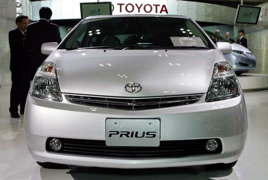 Toyota is fixing the pump that cools the hybrid system in 650,000 Prius cars ? the Japanese automaker's prized green vehicle ? but is adamant the repair being carried out worldwide isn't another recall. The coolant pump in Prius cars for model years 2004 through to 2007 is being replaced because it doesn't work properly. Shizuo Kambayashi/The Associated Press Photo: Shizuo Kambayashi, STF / AP