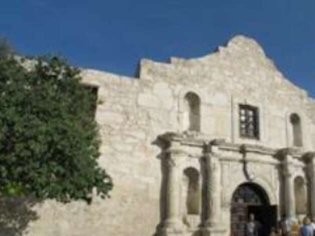 The Alamo had a better July than July 2008, but visitor count for the entire summer was down one percent.