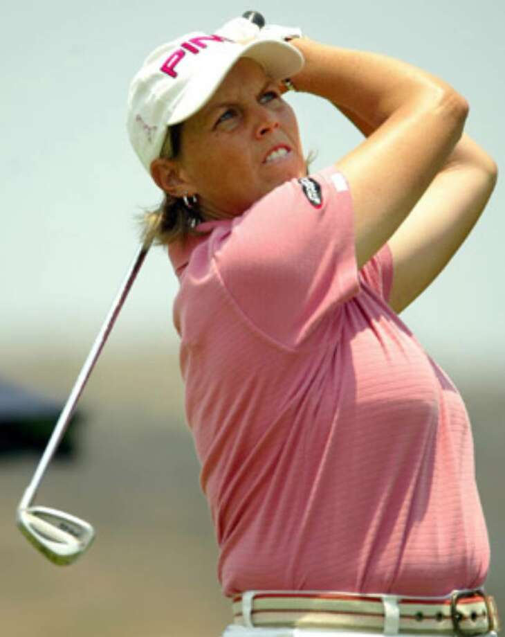 Wendy Ward, a former Roosevelt standout, has earned full-time exemption on the LPGA Tour for next year.