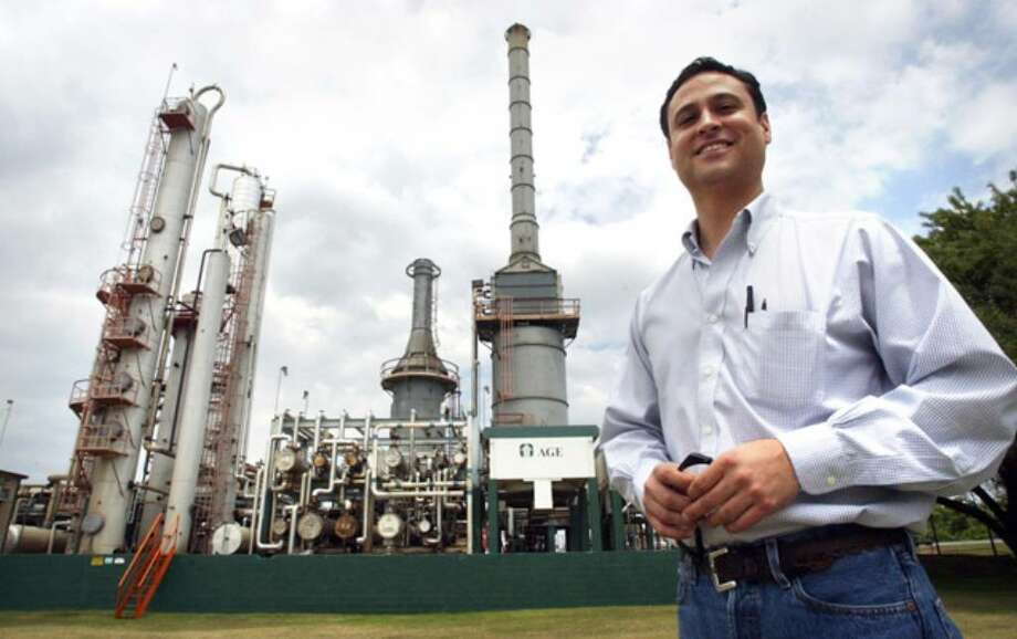"""Refinery CEO Glen Gonzalez says, """"We are working in cooperation with local fire and police officials."""" He became CEO in 2003."""