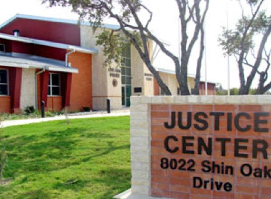City employees are moving in to the new Live Oak Justice Center, an 18,300-square-foot facility that includes four jail cells, expanded patrol work stations and state-of-the-art monitoring systems.