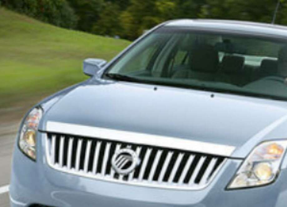 The 2010 Mercury Milan Hybrid Is A Beautifully Styled Car That Has Ample Room For Five