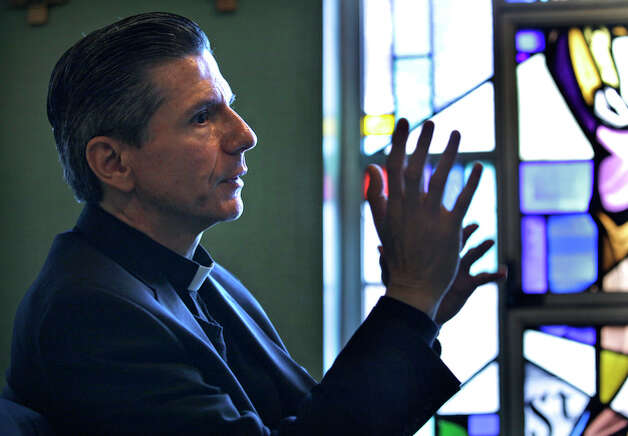 Bishop Gustavo Garcia-Siller. / rowen@express-news.net