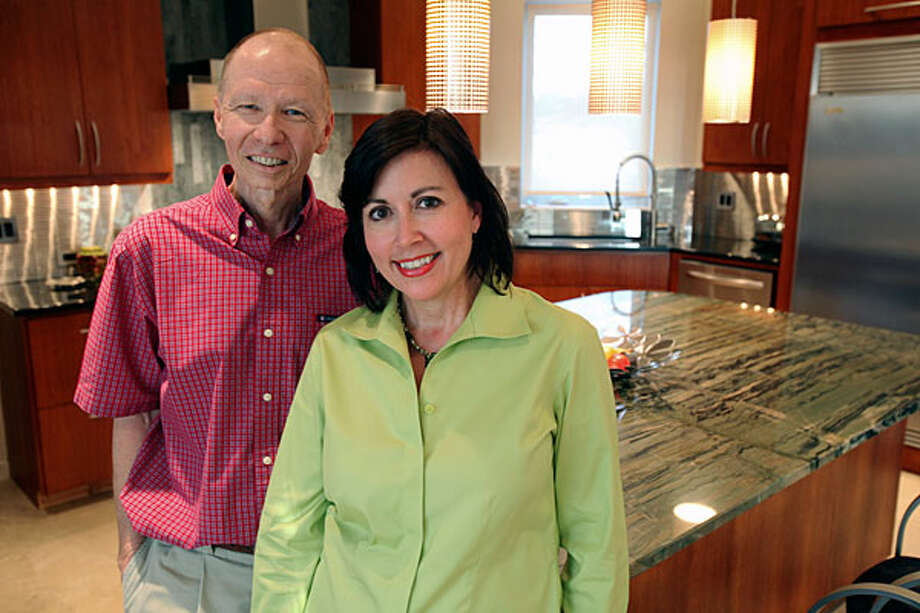 Sheree Stevens' passion for cooking is back on the front burner after husband Sam helped renovate their Boerne kitchen. / © 2010 San Antonio Express-News