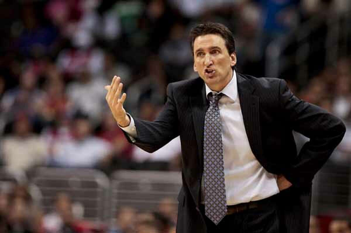 Los Angeles Clippers head coach (and former Spur) Vinny Del Negro yells at his team against the San Antonio Spurs during the first half of an NBA basketball game, Nov. 1, 2010, in Los Angeles. The Spurs won 97-88.