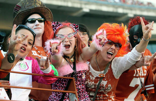 Texas fans came in costume for the game. / © 2010 San Antonio Express-News