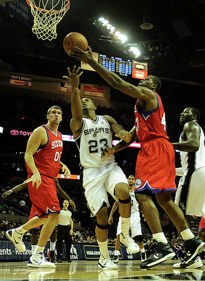 Alonzo Gee,forward, played for Spurs in five games in 2010; averaged 2.0 points, 3.0 rebounds.