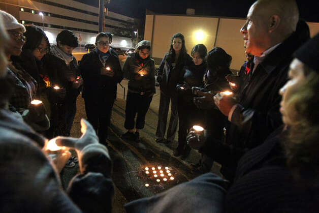 DREAM Act supporters hold a vigil outside Bexar County Jail in support of Lorenza Andrade Smith, who chose to stay in custody until Congress votes on the bill. Photo: Jennifer Whitney/Special To The Express-News
