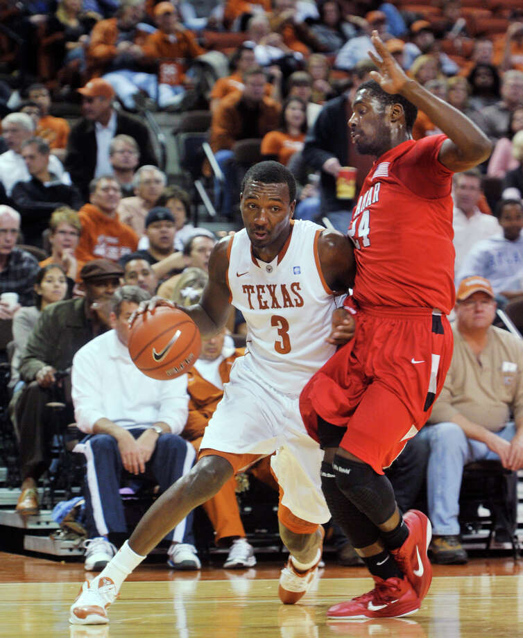 UT's Jordan Hamilton will feel at home against USC.