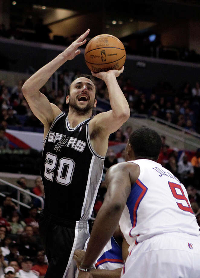Spurs guard Manu Ginobili was held to 15 points on 5-of-15 shooting by the Los Angeles Clippers on Wednesday. Photo: Jae C. Hong/Associated Press