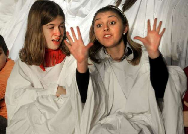 "Rhiannon Pletcher who plays Beth Bradley and Amanda Faggard who plays Alice Wendleken rehearse a scene for ""The Best Christmas Pageant Ever"" at the Port Arthur Little Theater in Port Arthur, Wednesday. Tammy McKinley/ The Enterprise Photo: TAMMY MCKINLEY / Beaumont"