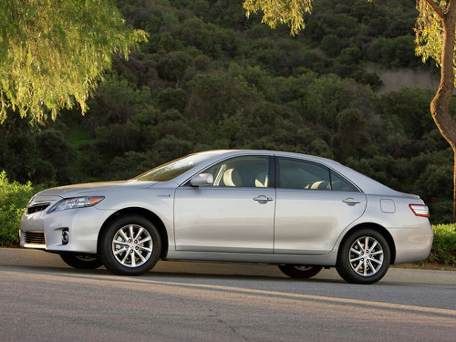 2011 Toyota Camry Hybrid  (Photo courtesy Toyota)