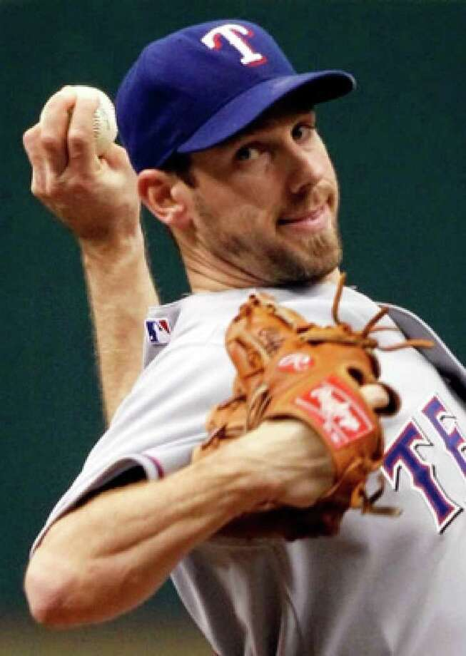 The Texas Rangers send Cliff Lee back to the mound for Game 5, after a commanding showing in Game 1.