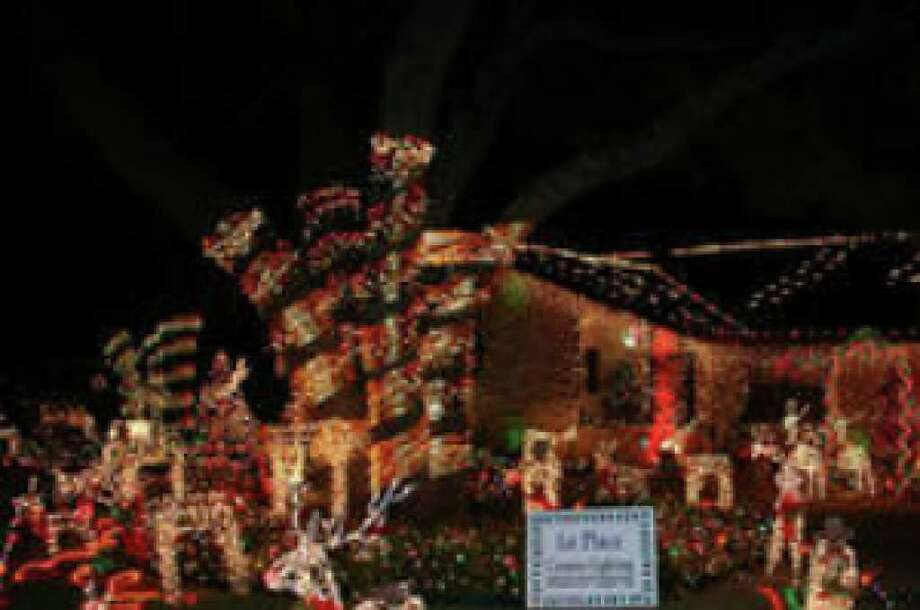 An award-winning entry in the 2008 Windcrest Light-Up. The 2009 version of Light-Up begins Dec. 15.