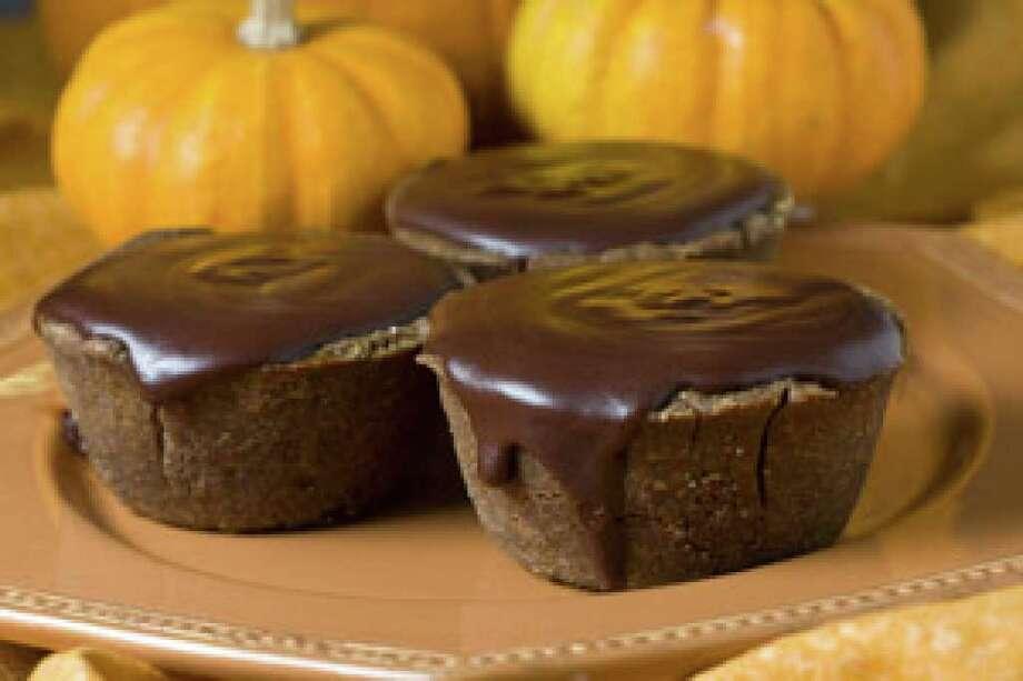 Dark Pumpkin Tartlets