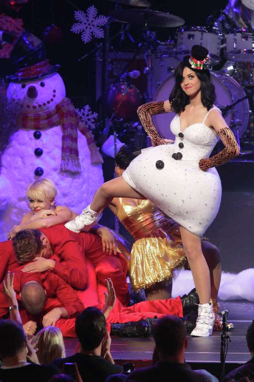 LOS ANGELES, CA - DECEMBER 05: Katy Perry performs at the KIIS FM's Jingle Ball 2010 on December 5, 2010 in Los Angeles, California. (Photo by Noel Vasquez/Getty Images) *** Local Caption *** Katy Perry
