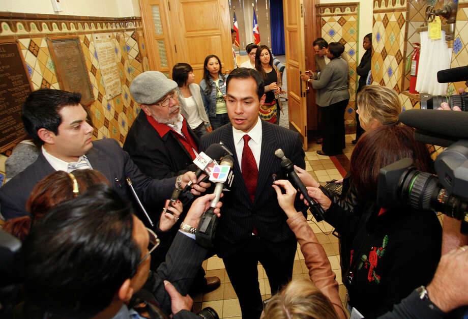 DREAM Act hunger strikers and supporters emerge from their meeting with Mayor Julián Castro, who talks to the media after meeting for about 90 minutes in San Antonio City Hall. Photo: J. Michael Short/Special To The Express-News