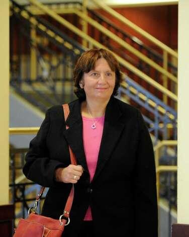 Defense attorney Cheryl Coleman enters Judge Lamont's ... Cheryl Coleman