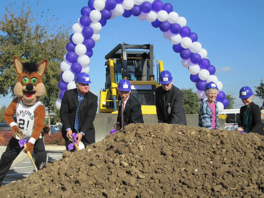 The Spurs Coyote helped break ground for Christus Santa Rosa Hospital–Alamo Heights Friday, joined by Christus health system officials (left to right) Dr. Michael Murphy, Pat Carrier, Jay Herron, and Sisters Sarah Lennon and Rose Ann McDonald with the Sisters of Charity of the Incarnate Word.