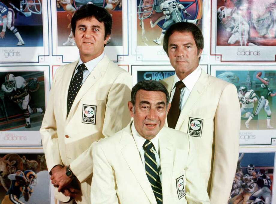 "This Sept. 1980, photo provided by American Broadcasting Companies, Inc. shows ABC Monday Night Football commentators, from left,  Don Meredith, Howard Cosell and Frank Gifford. Meredith, one of the most recognizable figures of the early Dallas Cowboys and an original member of ABC's ""Monday Night Football"" broadcast team, died Sunday, Dec. 5, 2010, in Santa Fe, N.M.,  He was 72.(AP Photo/ABC, Steve Fenn) ** NO SALES ** Photo: AP"